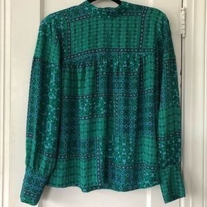 LOFT Green Blouse w Cuffed Sleeves & High Neck